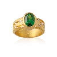 Tsavorite Ribbon Ring