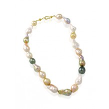 Mixed Species Pearl Necklace